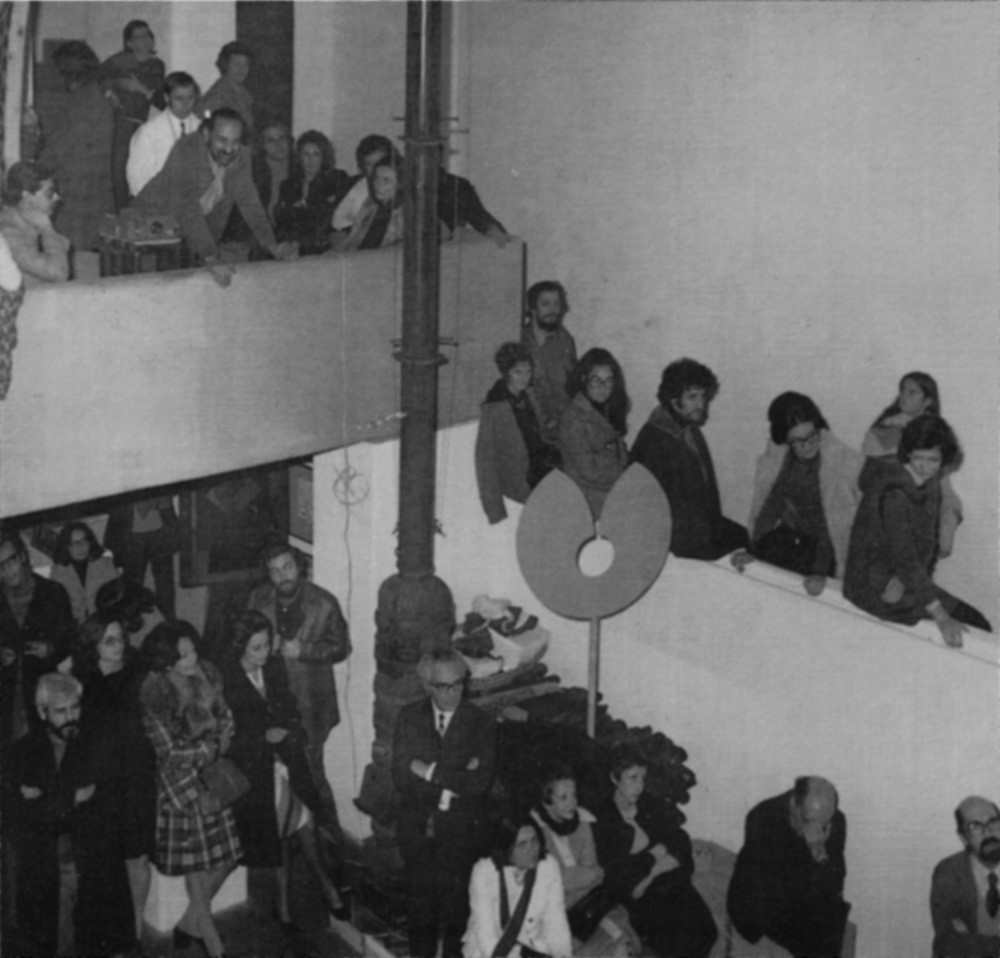 Session on Joseph Beuys and Documenta 5, Galeria Ogiva, December 1972.
