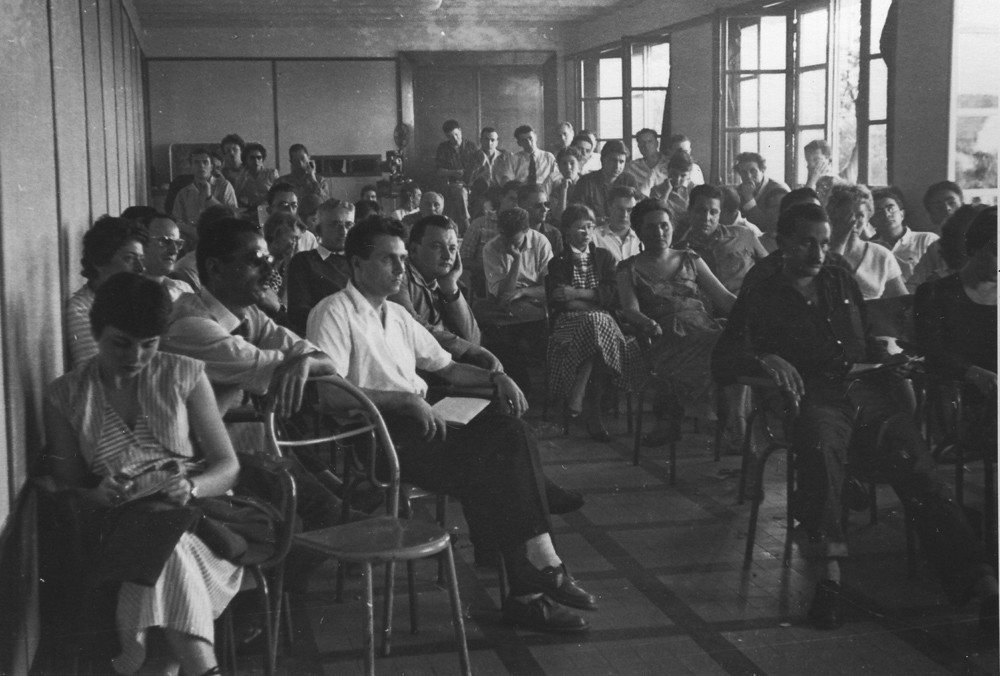Ernesto de Sousa at the National Traineeship of the French Federation of Film Societies at Marly-le-Roy, 1956.